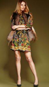 горжетка с летним платьем