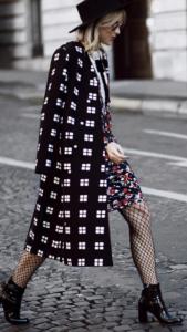 Колготки в крупную сетку - с чем носить