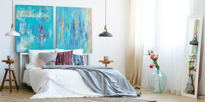 Картина для спальни в романтическом стиле