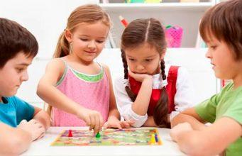 Как детские настольные игры влияют на развитие малыша